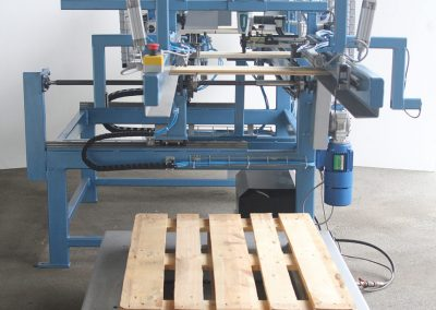 4. Low lift stacking table